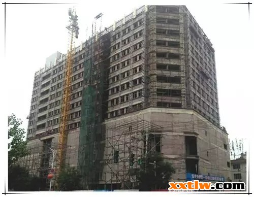 """啄木鸟保温装饰一体板又中标跃龙地产""""宏跃新城""""项目"""