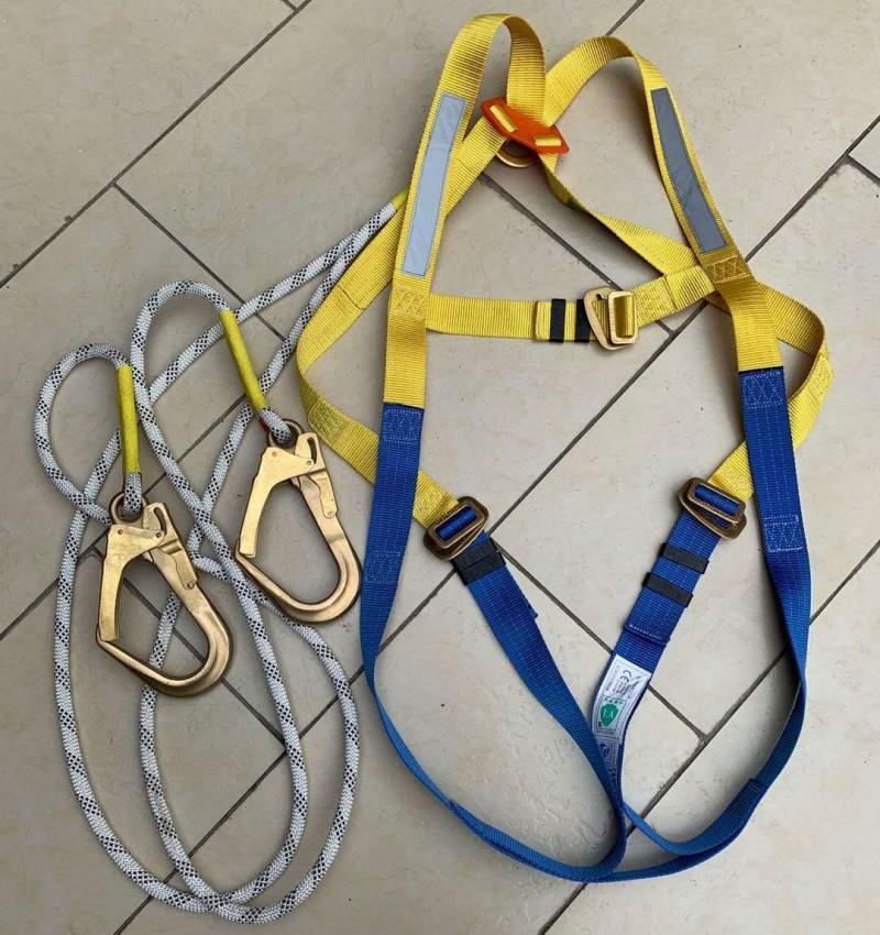防静电双大钩安全带,抗静电全身式安全带,防爆防静电型安全带,导电型全身式安全带